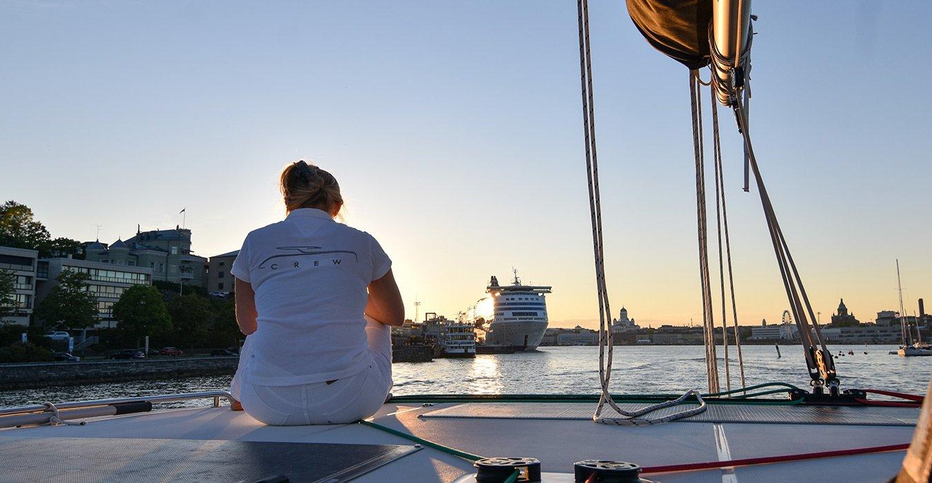 Lagoon Charter Helsinki by night kesä 2020