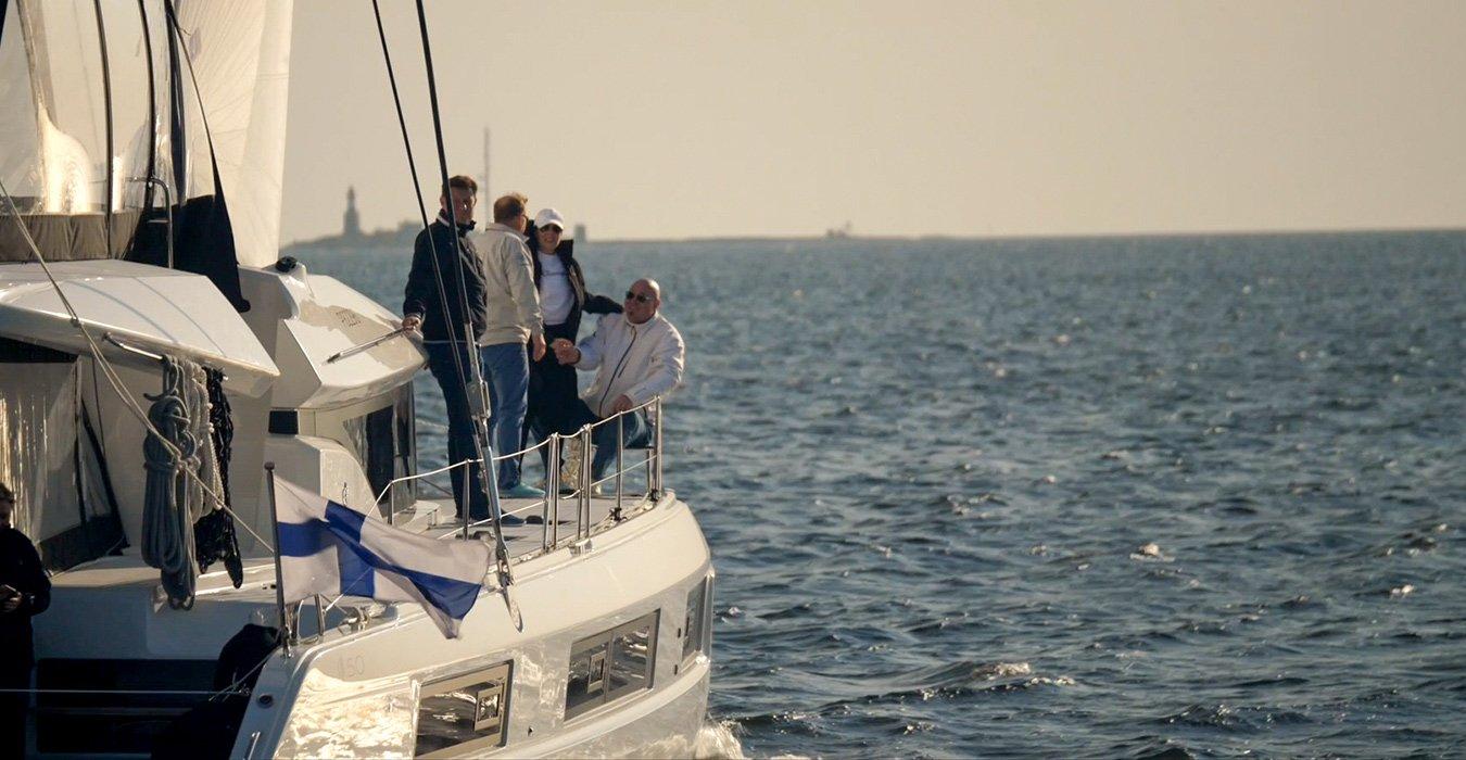 Lagoon 42 safe sailing charter
